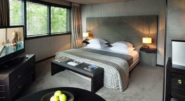 Opportunity  5* Center  off  Paris  22 rooms and s