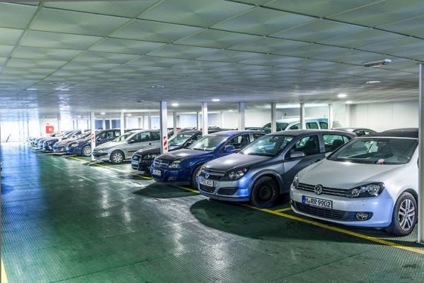 Top investment indoor Carpark at the airport with