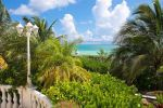 Bahamas Bargain Beach Villa 14,200 m2 from 6.6M no