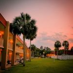 Bargain Florida 100 keys Hotel for rent , New RFI